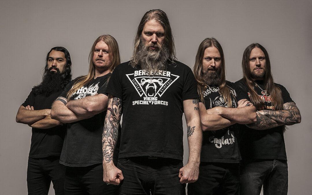 "Amon Amarth celebra disco de oro y lanza video de ""Fafner's Gold"""